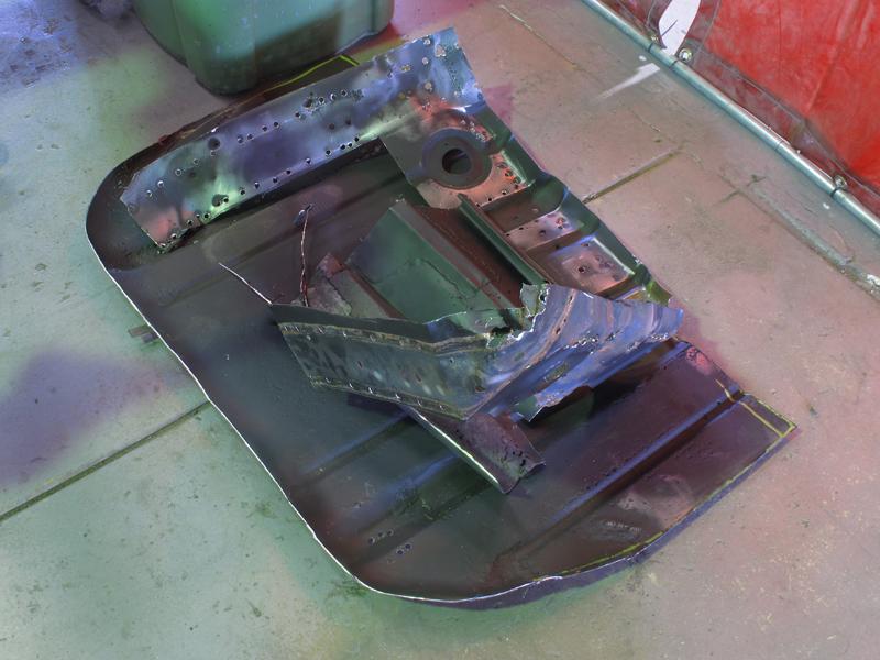 HQ Holden Restoration Rebuild Project (77).jpg