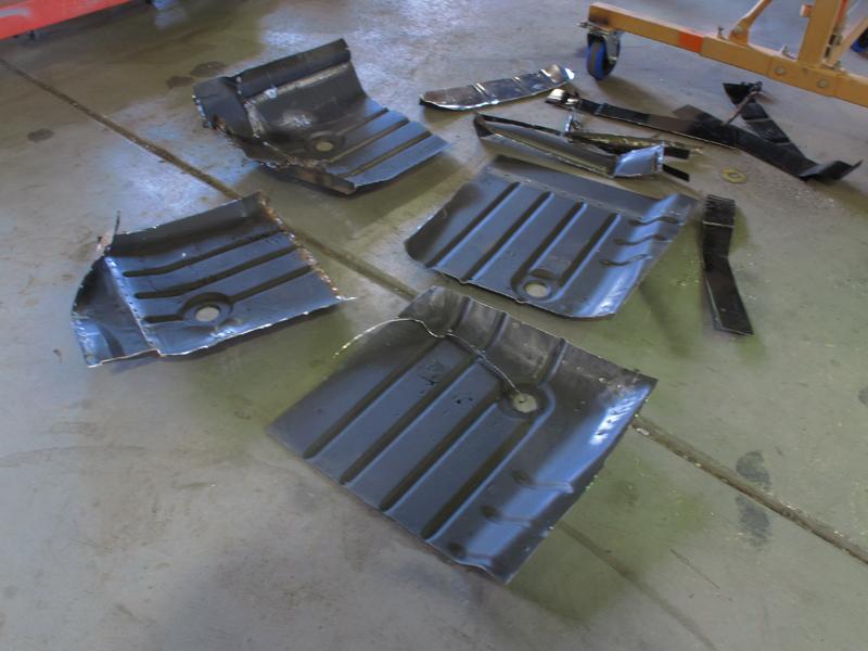 HQ Holden Restoration Rebuild Project (69).jpg