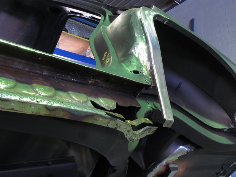 HQ Holden Restoration Rebuild Project (86).jpg