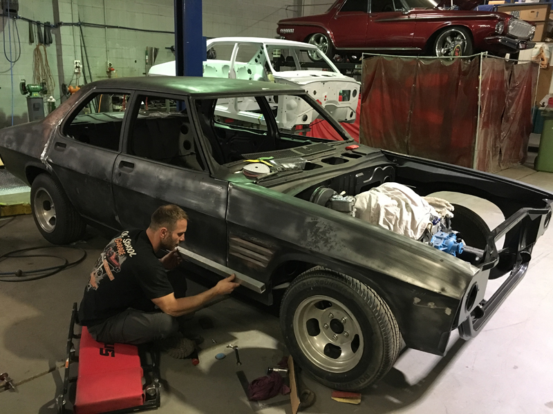 73 Holden HQ sedan metal work body work - restoration (1).jpg