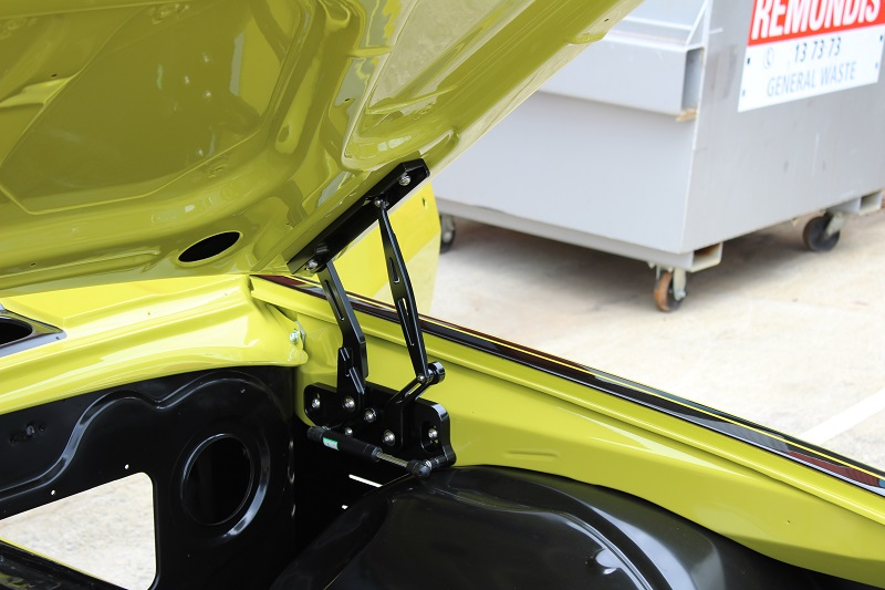 Holden HQ Lettuce Alone Green - Restoration Bare metal Brisbane (46).JPG