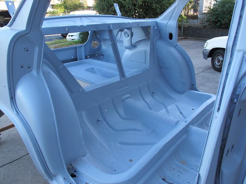 sandblasted EK sedan - ol' school garage brisbane (4).JPG