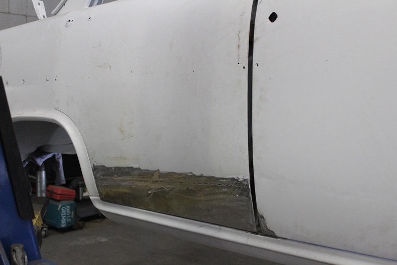 Custom EK sedan build - ol' school garage (21).JPG