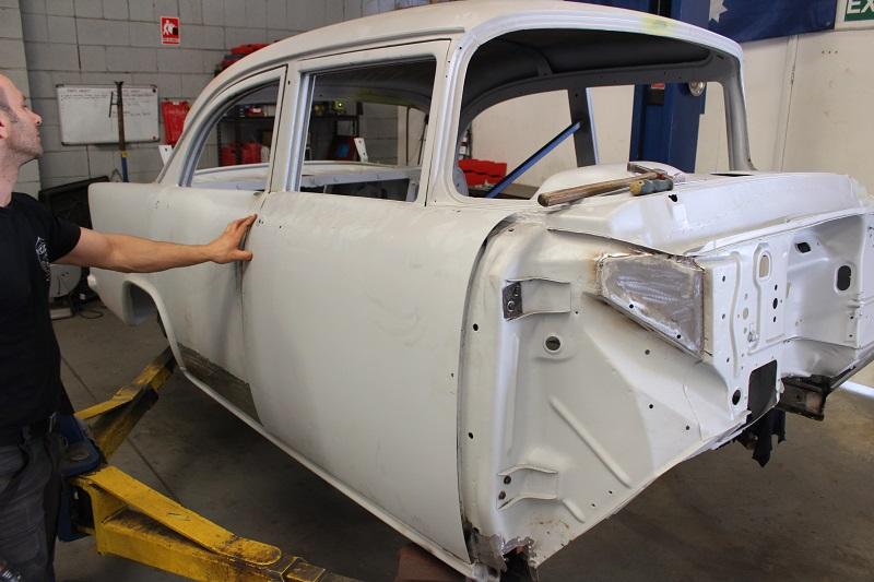 Custom EK sedan build - ol' school garage (19).JPG