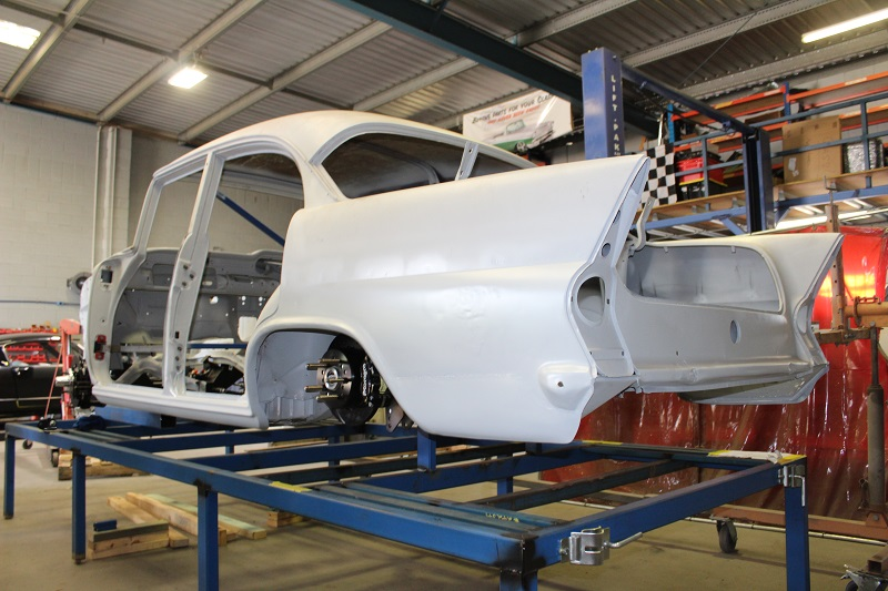 Custom EK sedan build - ol' school garage (46).JPG
