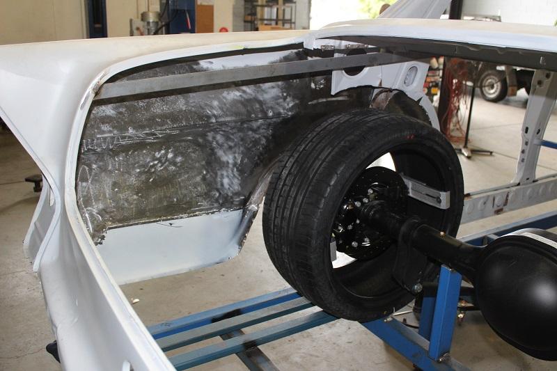 Ford 9 inch diff Holden EK (9).JPG
