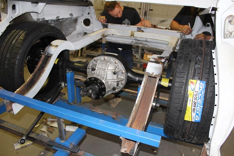 Ford 9inch diff Holden EK build (1).JPG