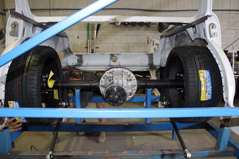 Ford 9inch diff Holden EK build (3).JPG