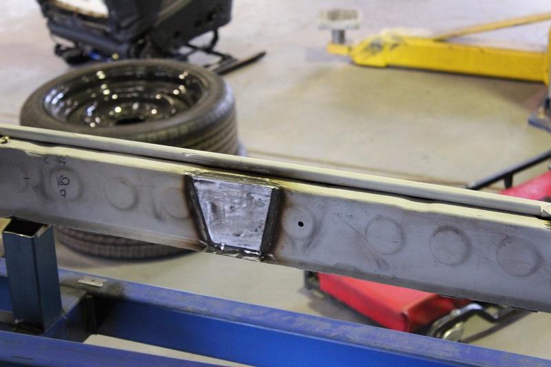 Holden EK chassis build - ol' school garage brisbane (4).JPG