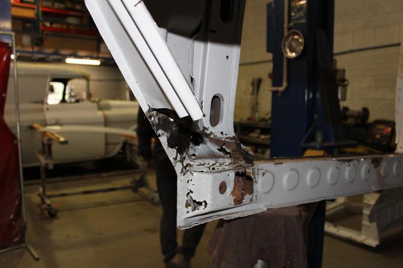 Holden EK rust repair - brisbane - ol' school garage (2).JPG