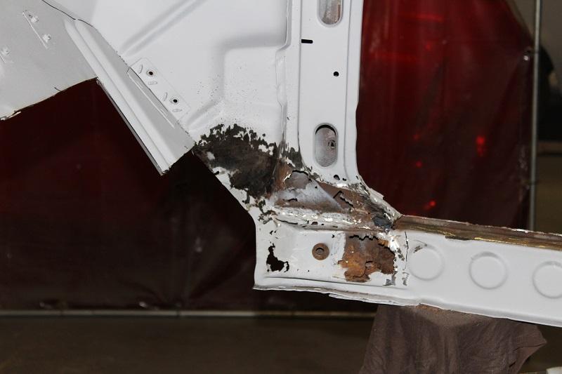 Holden EK rust repair - brisbane - ol' school garage (1).JPG