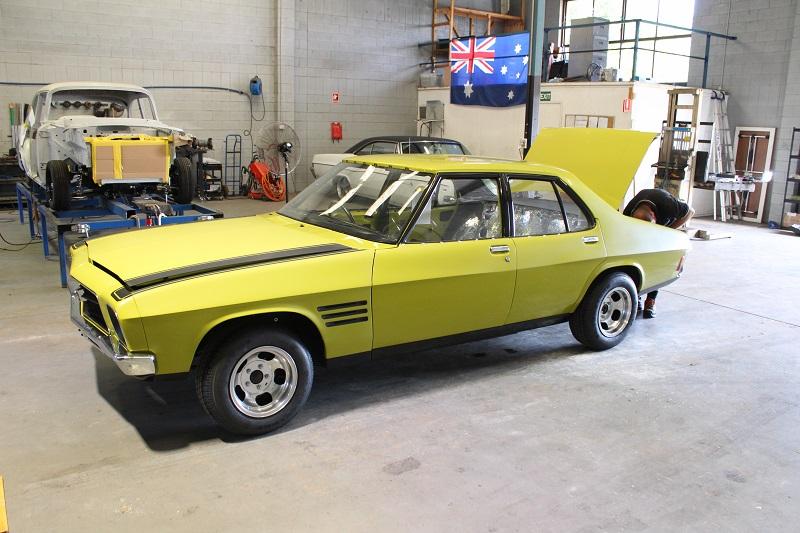 1973 Holden HQ Sedan - Lettuce Alone Green (2).JPG