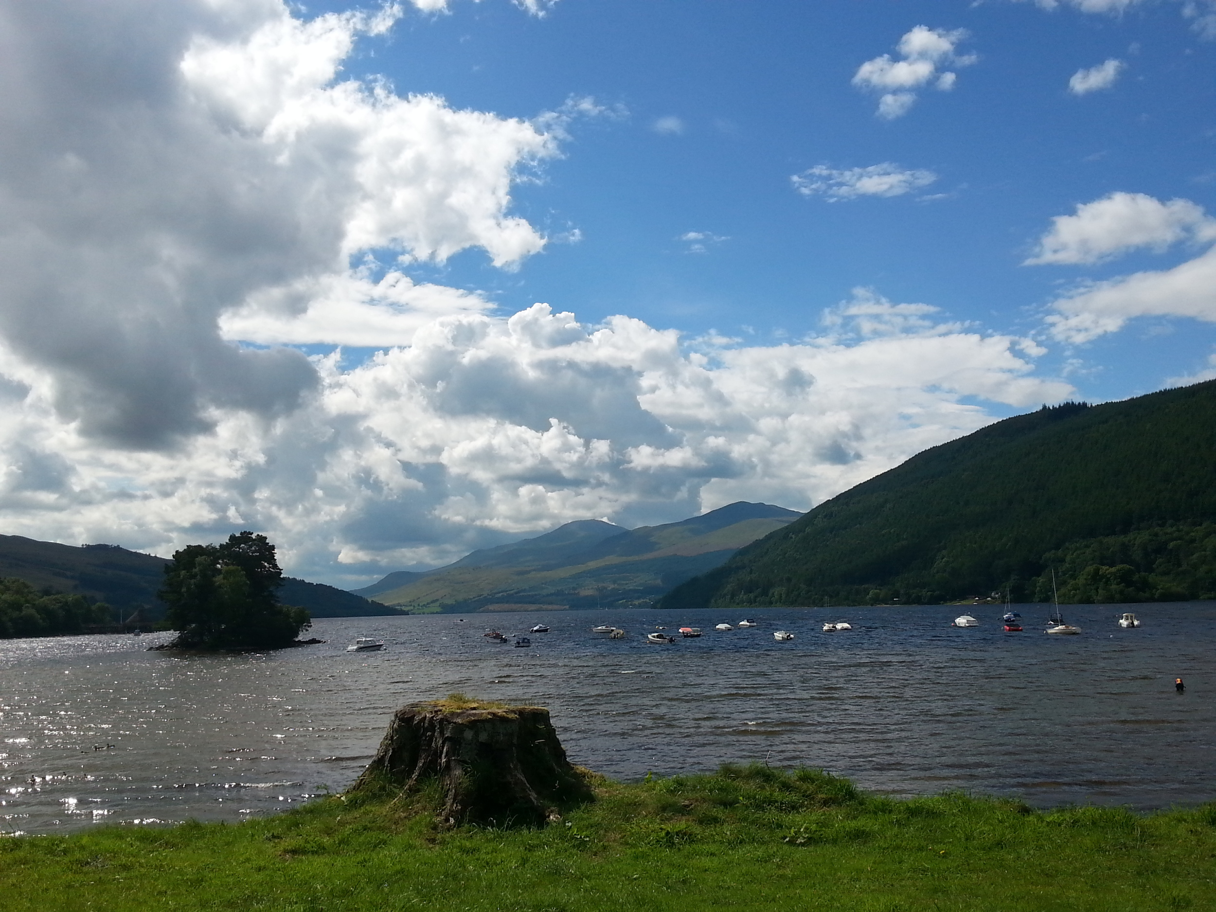Loch Tay - Kenmore (2).jpg