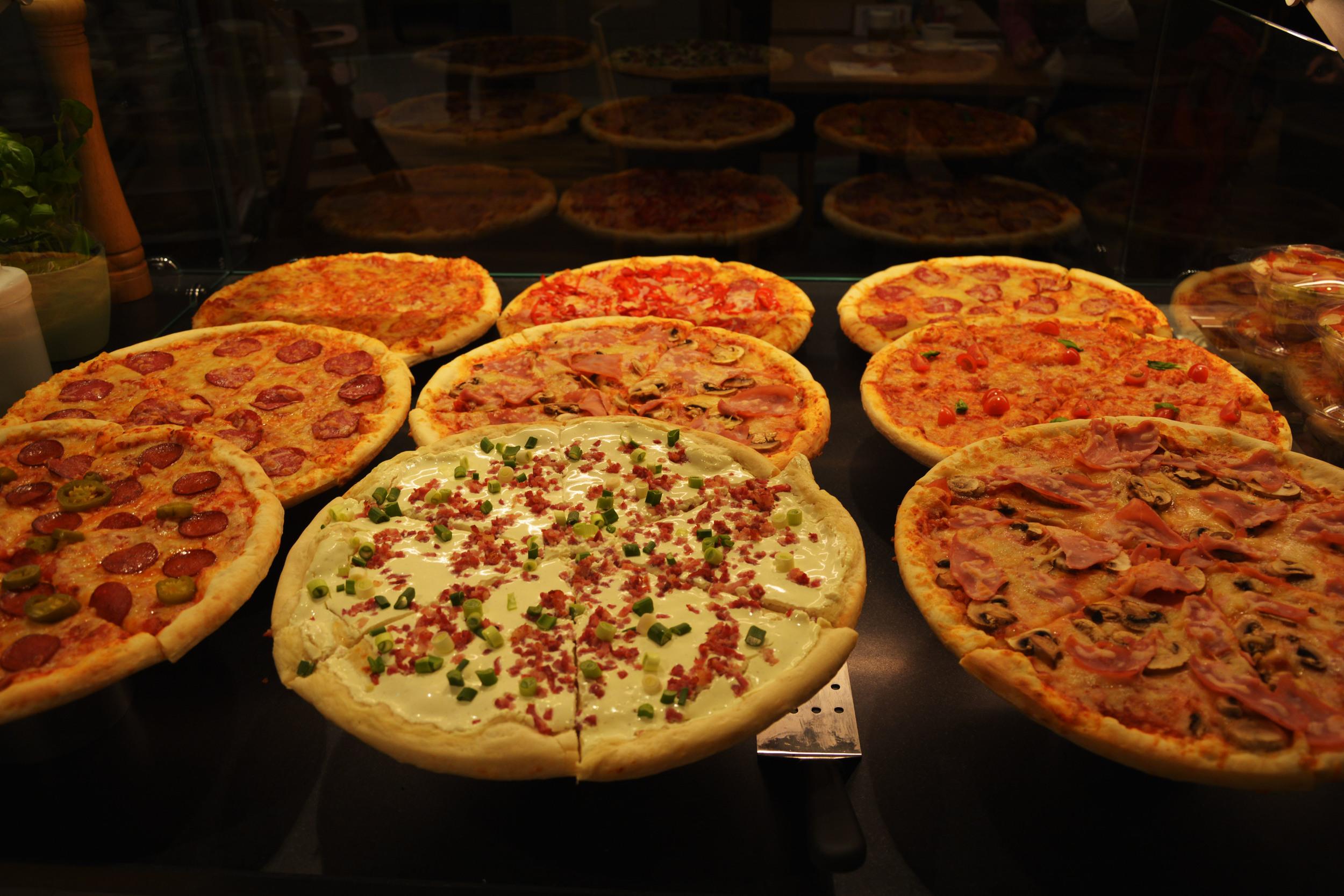 137_pizza.jpg