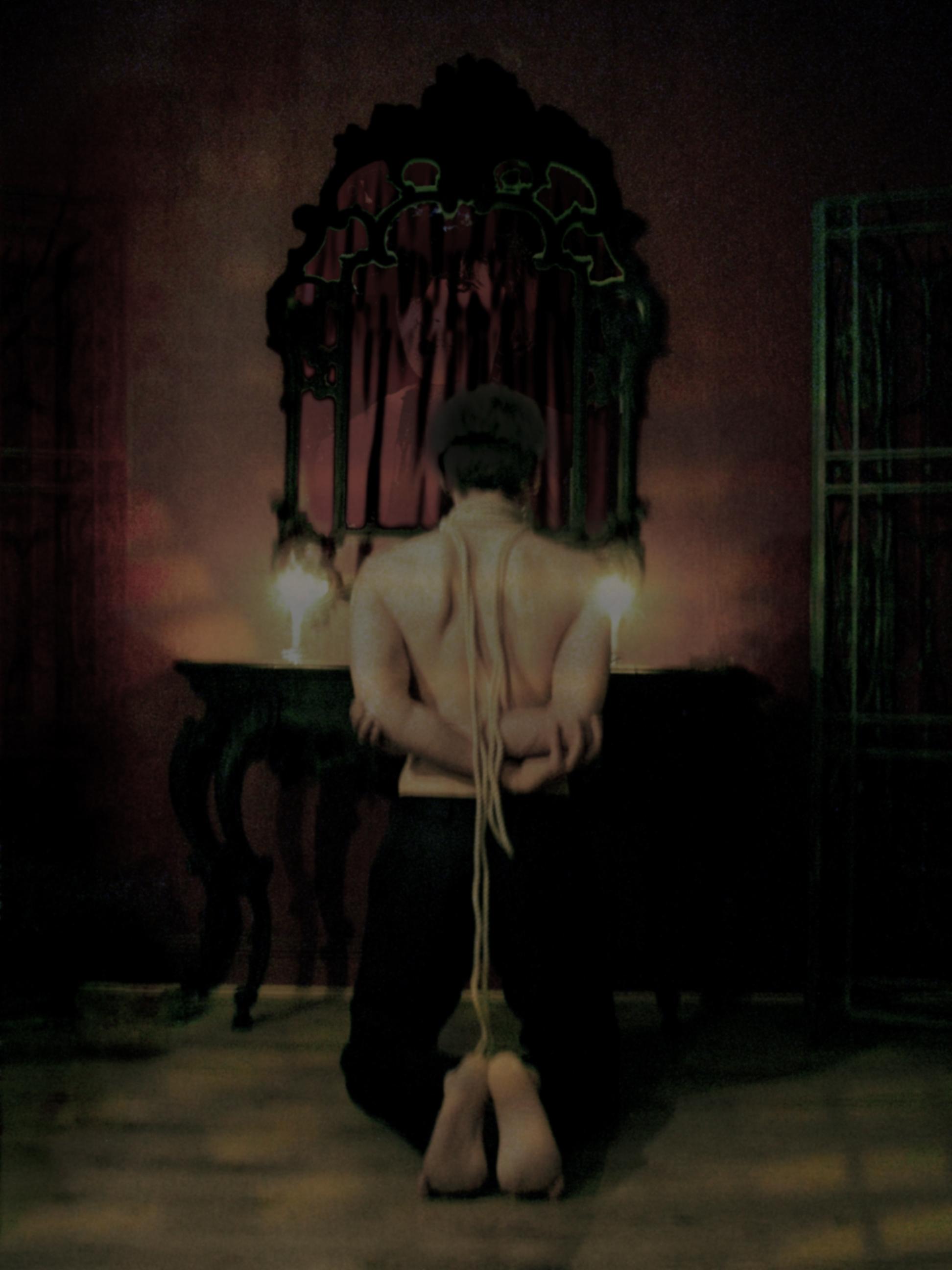 Kneeling by Nuit d'Or ©2011