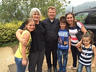 (Left to right) Elinor, Assis Ibrahim, Matthew, Tammy and Lutha Nseir from Aleppo, with Marilyn Borst.
