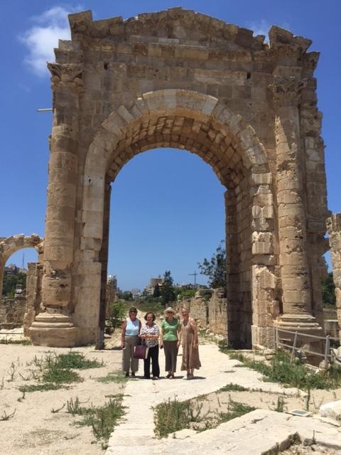 Tyre's ancient Roman splendor