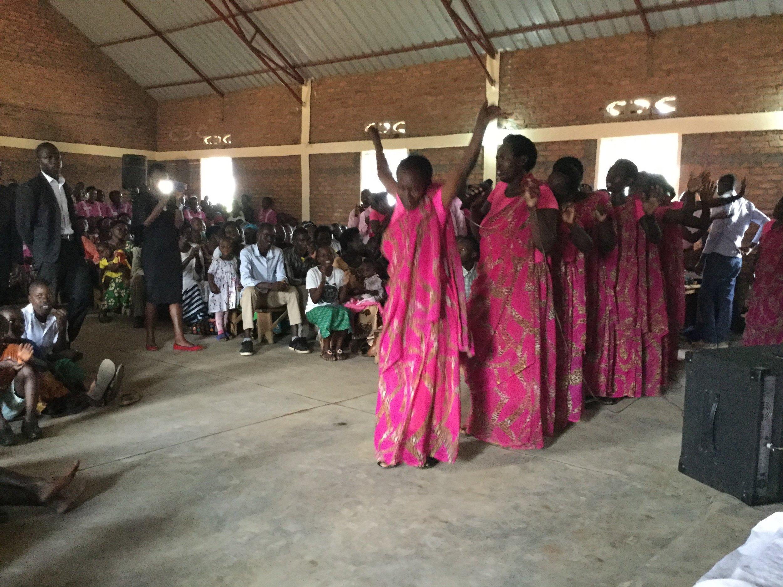 Rwanda-Church-Construction-October-2017-update-dancers-Karambi.jpg