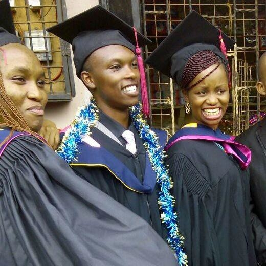 Peter Maina (middle), degree in Computer Science, Kenya Methodist University