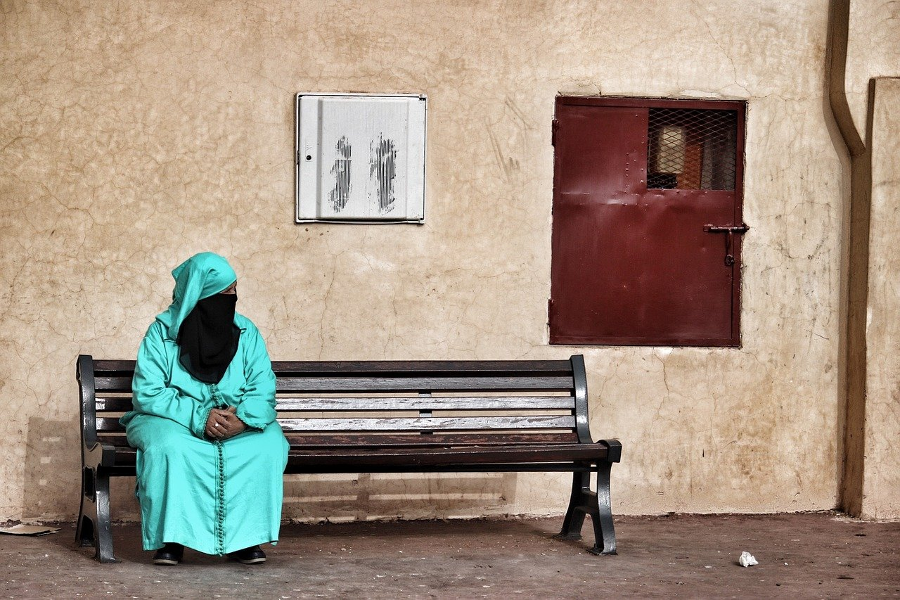 Iraq Appeal March 2018 update lady on bench.JPG