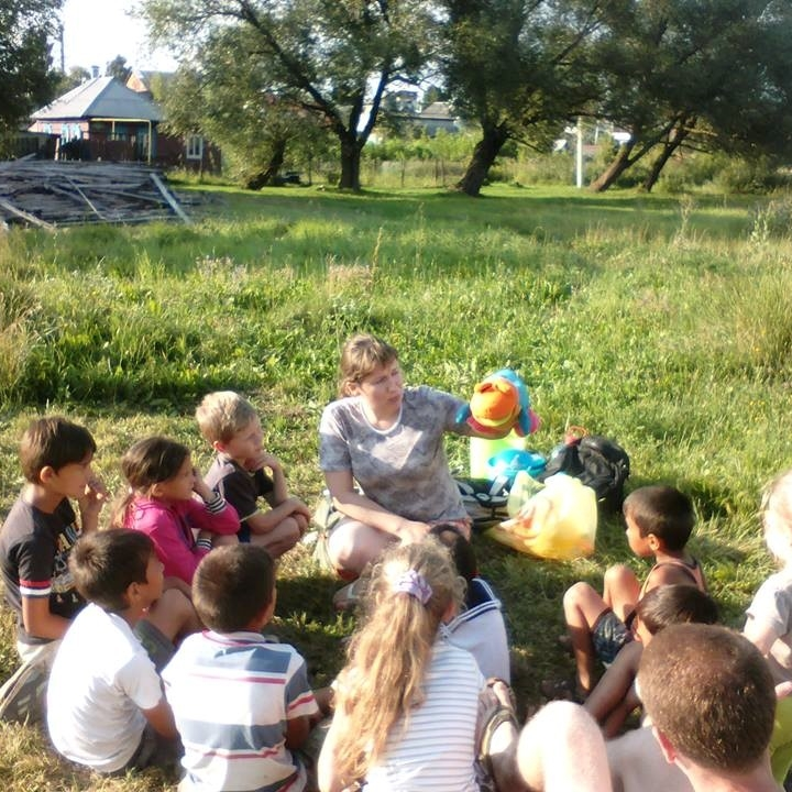 Day camp for Roma children