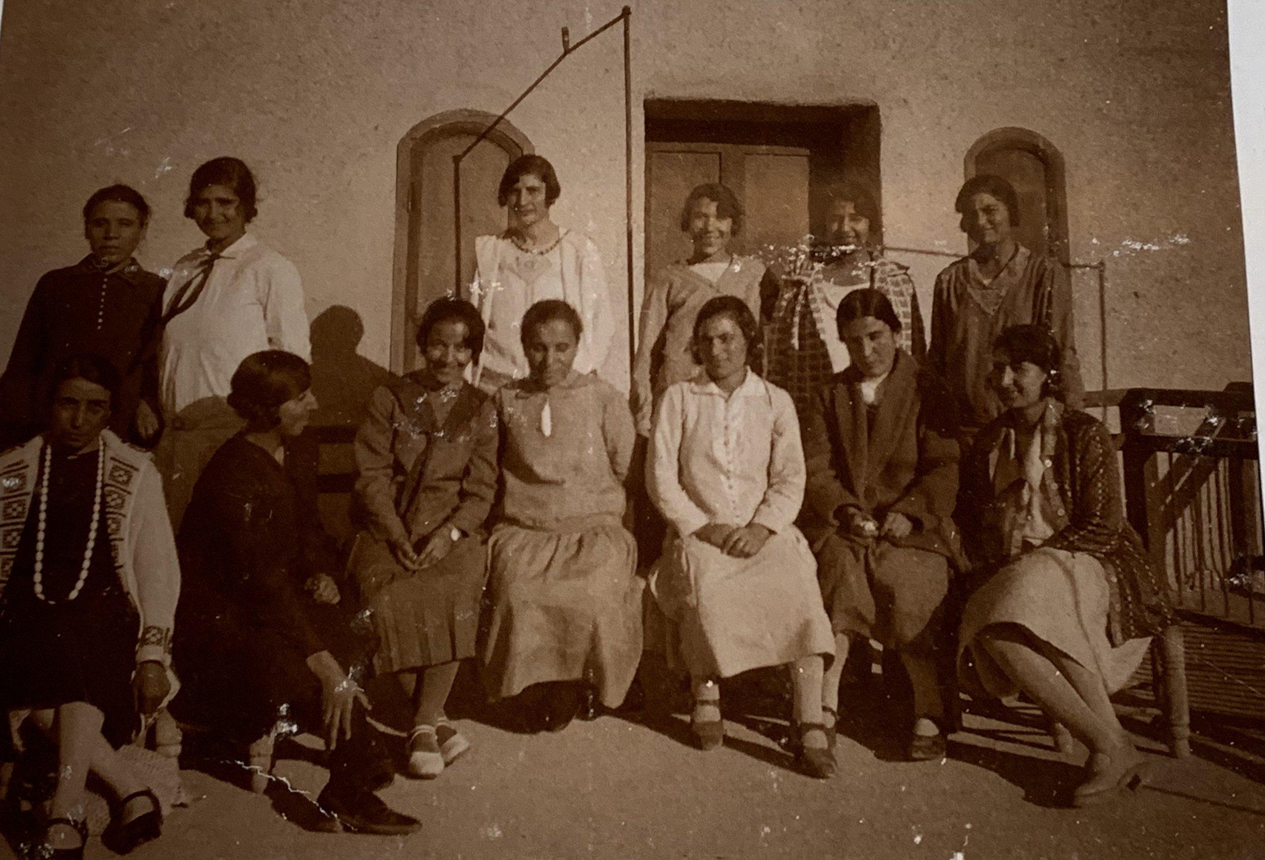 The early congregation of Nabak Presbyterian Church