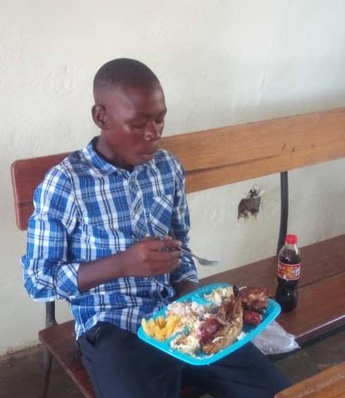 Namumu May 2019 update child eating.png