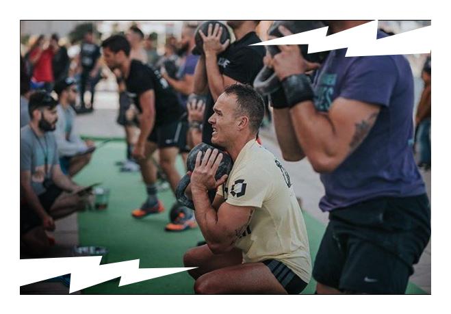 LEVVEL KB squat.jpg