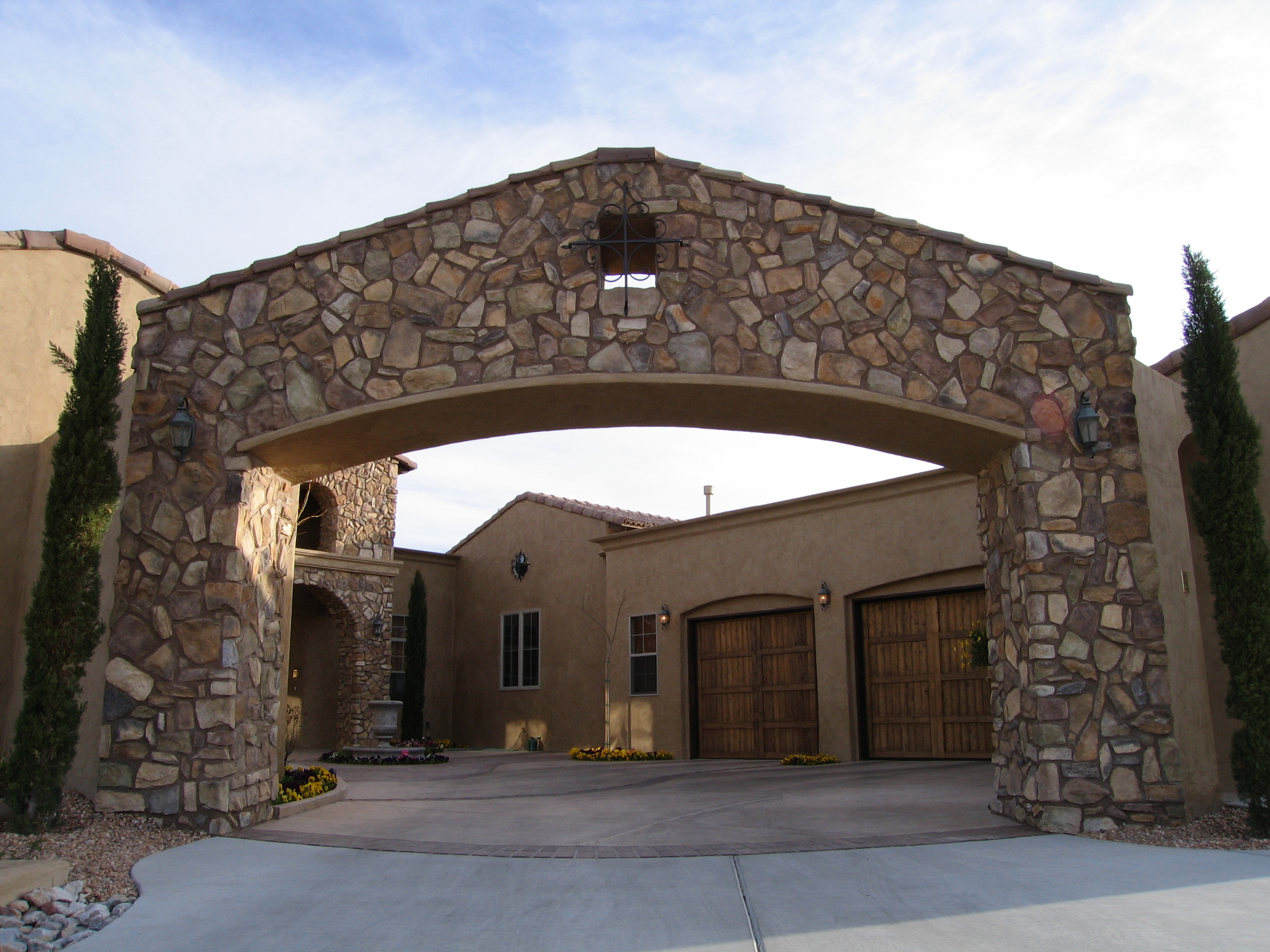 Multi Award Winning Builder   Let Casa Bella Construction, an award winning builder, create your beautiful and enduring home. A home that is both amazing and functional, marrying elegance with practicality. A home that articulates who you are and welcomes those you love.