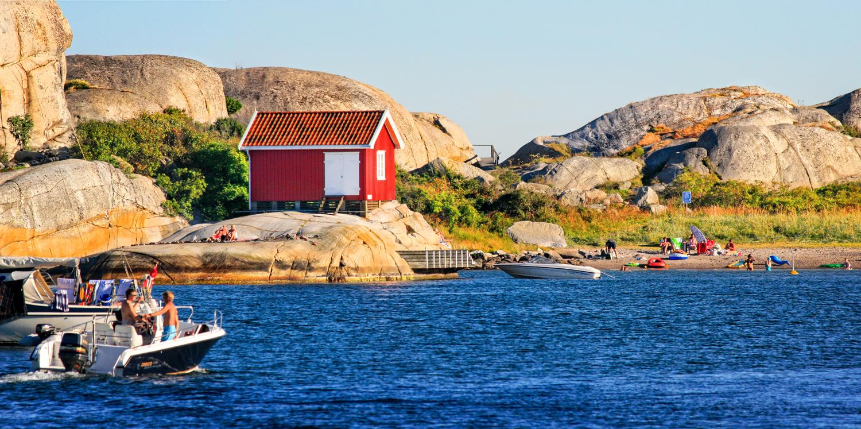 Strandliv på Martaholmen. Klikk på bildet for å forstørre.