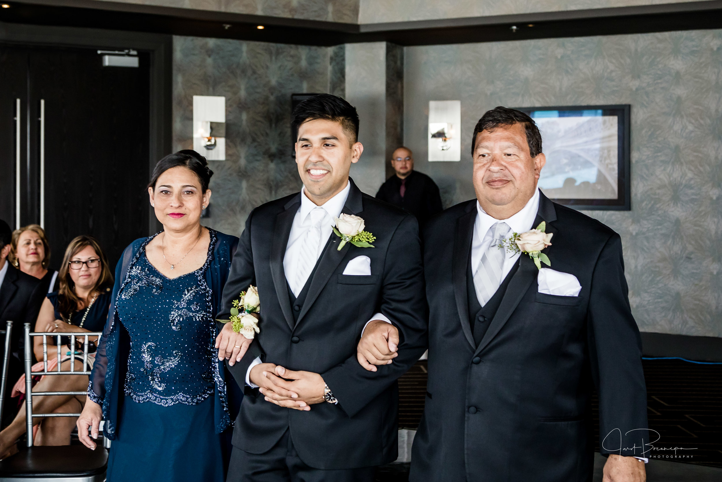 2017_04_15_Kimberlyn & Daniel Wedding -156.jpg