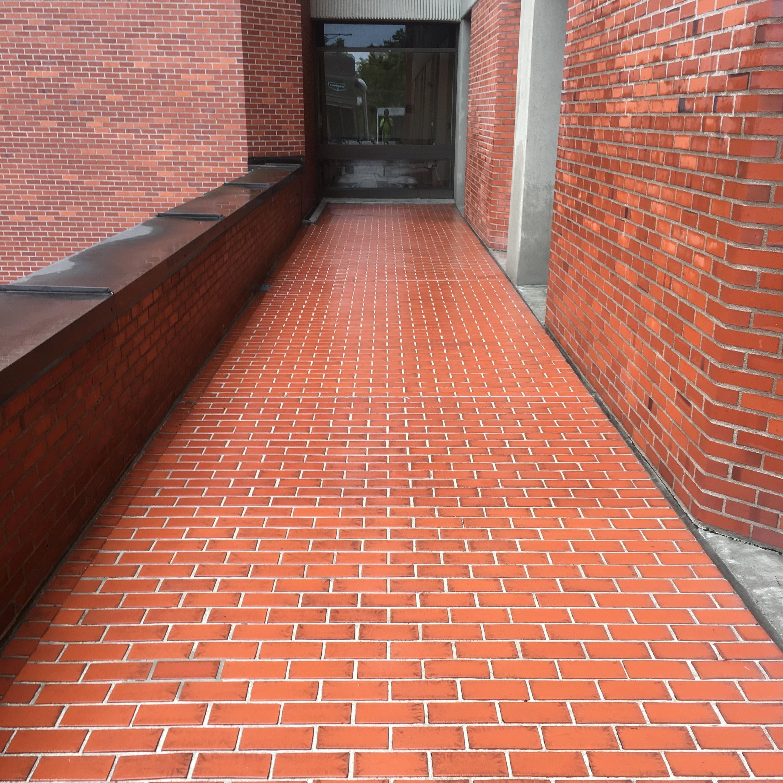 Brick 4.jpeg
