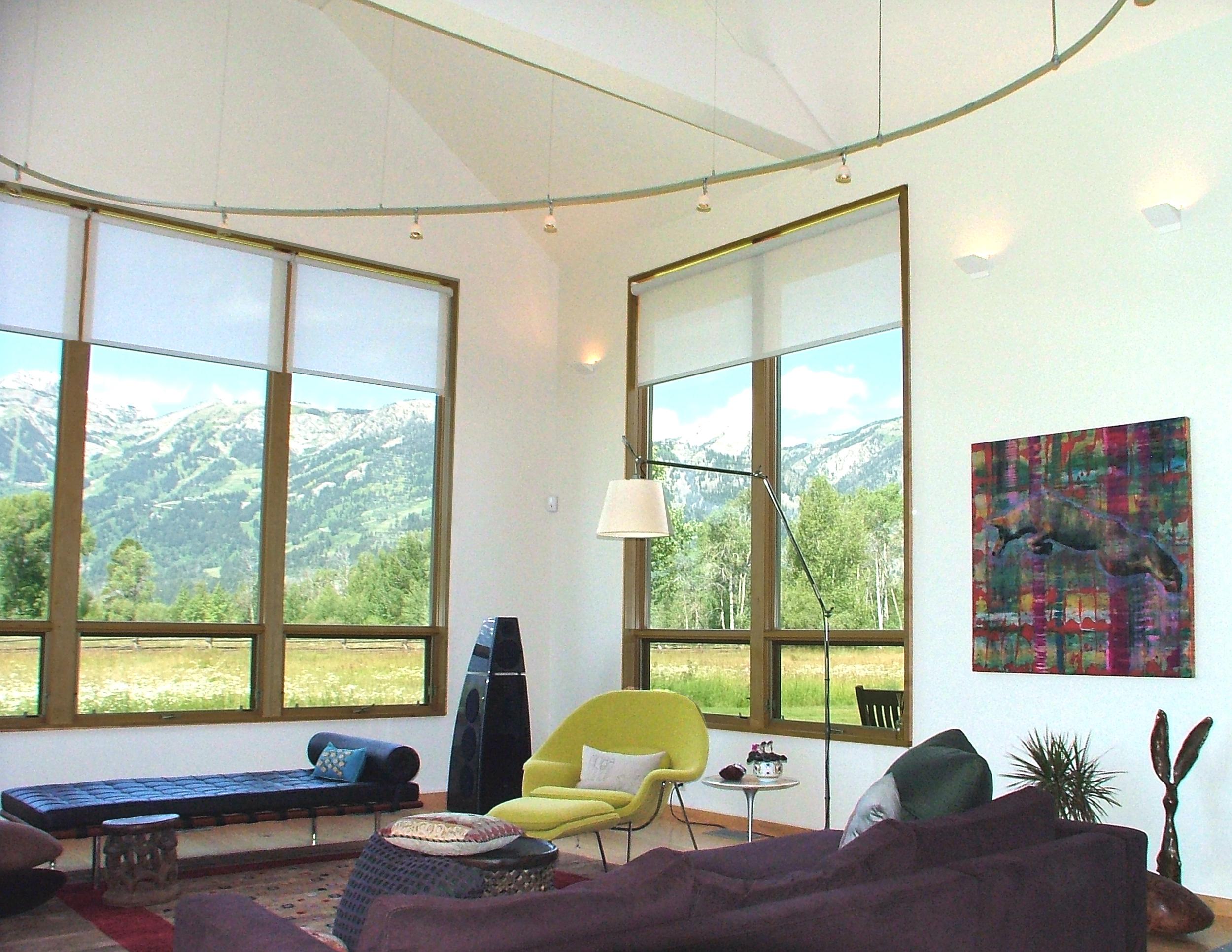 Livign room2.jpg