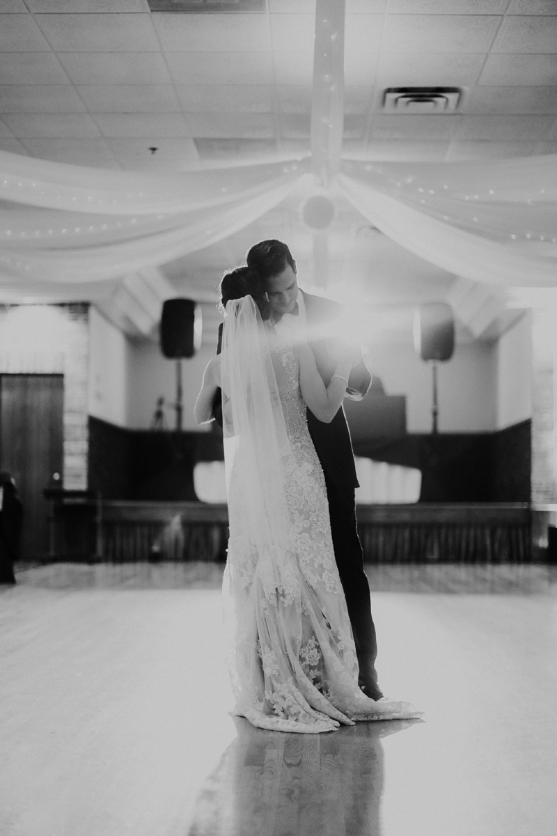 natalie-and-tim-wedding-day-dancing-10.jpg