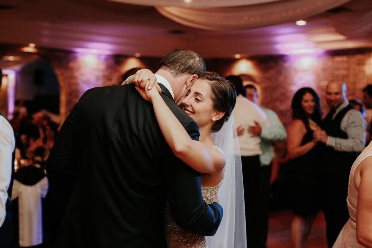natalie-and-tim-wedding-day-dancing-43.jpg