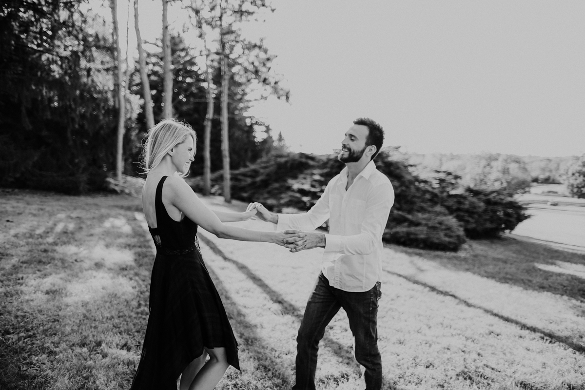 anna-and-mike-engagement-12.jpg