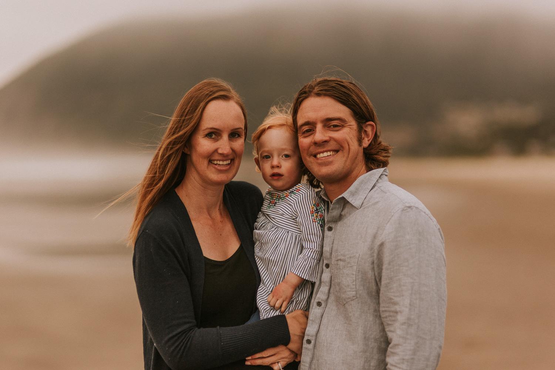 Nehalem Bay State Park family session Oregon photographer (23).jpg