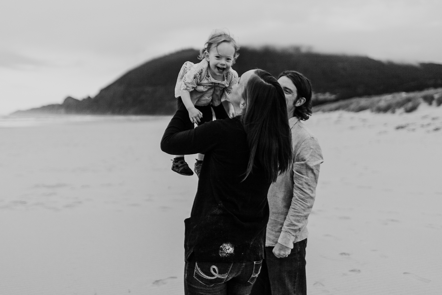 Nehalem Bay State Park family session Oregon photographer (124).jpg