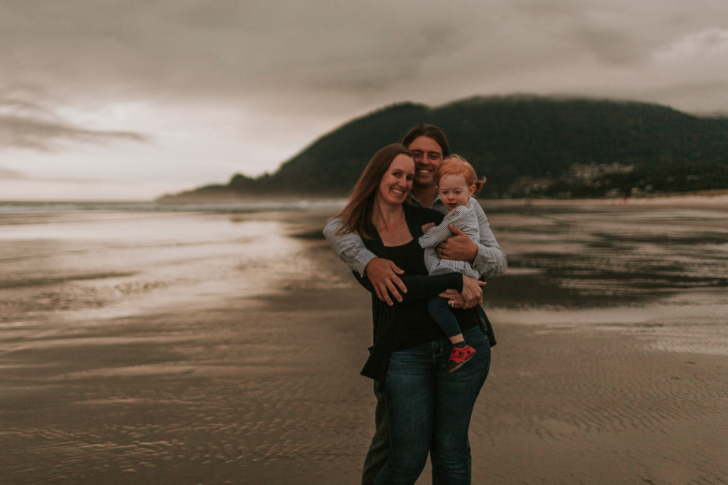 Nehalem Bay State Park family session Oregon photographer (131).jpg