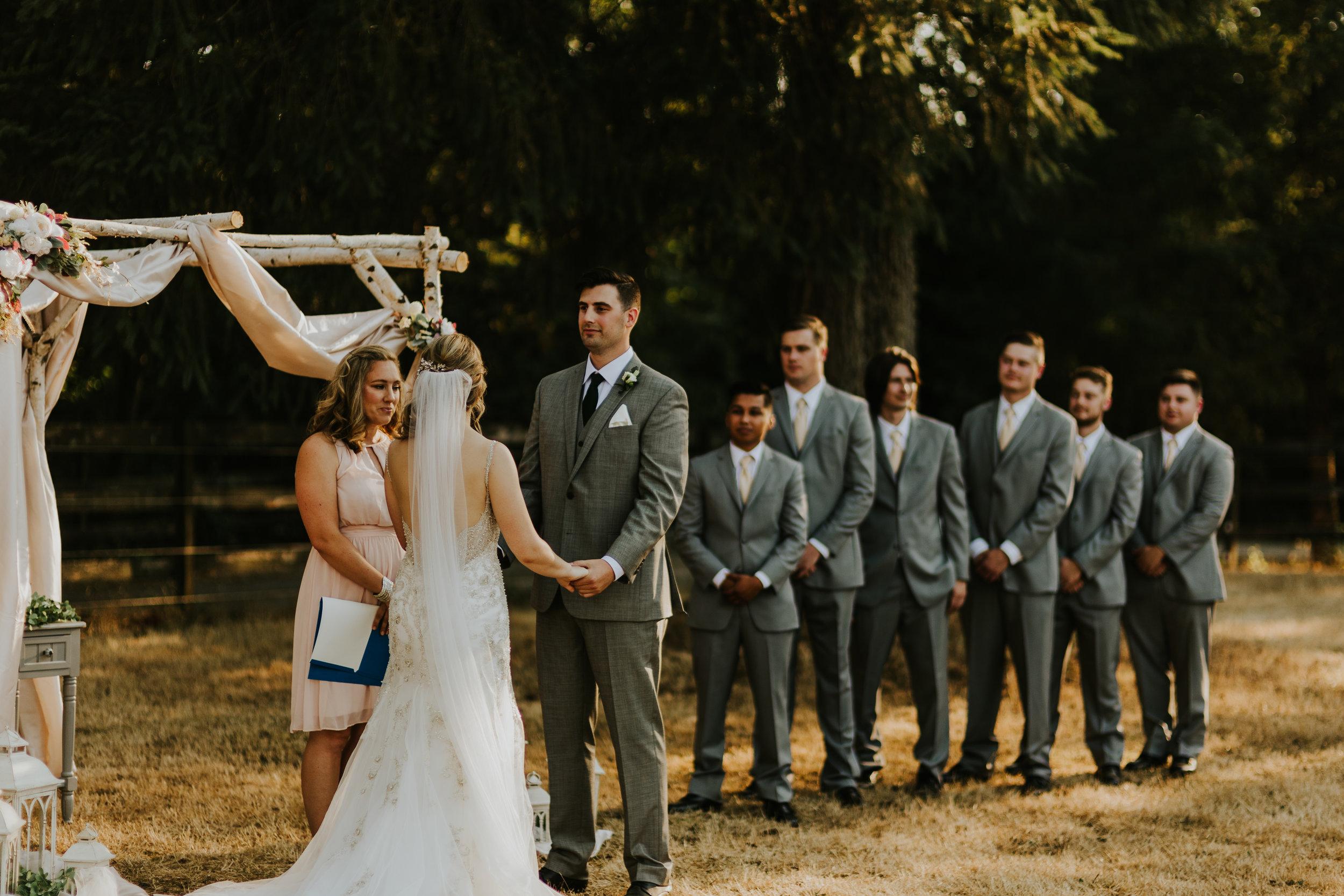 MJ and Jon backyard battleground washington wedding van gachnang
