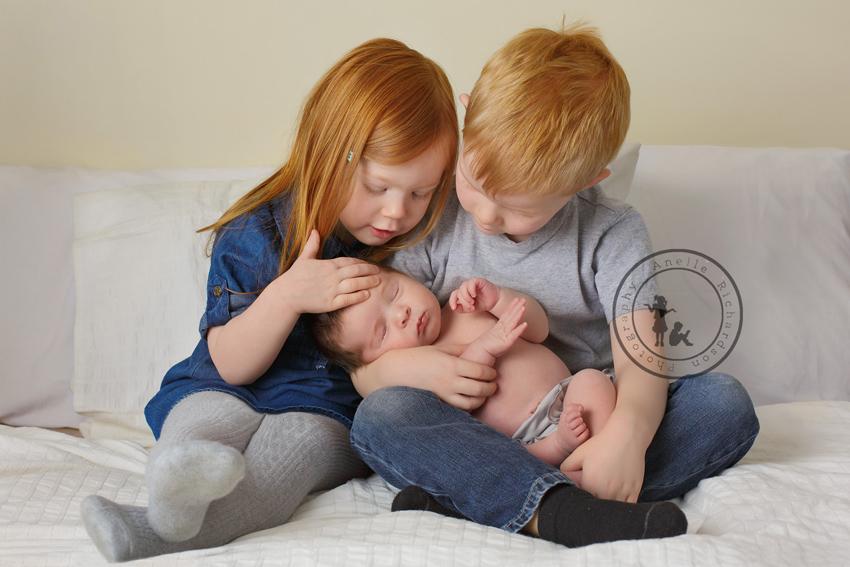 Siblings04Clone.jpg