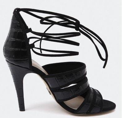 ladies heels - style tread.JPG