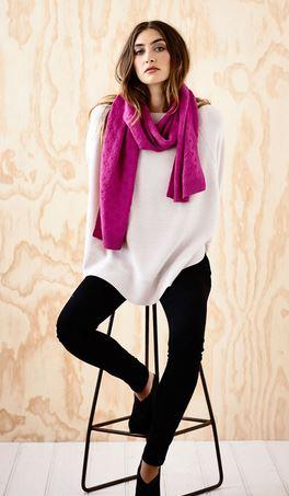 lattice magenta scarf Hunting for George.JPG