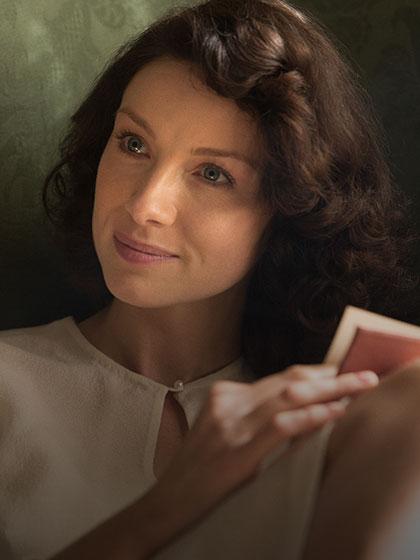 Outlander_Cast_Claire_420x560.jpg