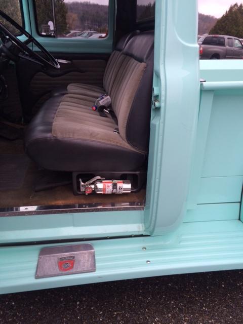 Blue Ford 6.JPG