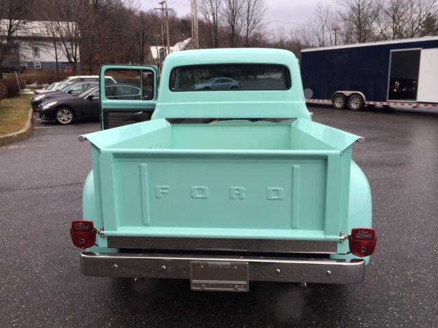 Blue Ford 5.JPG