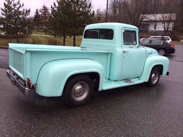 Blue Ford.JPG