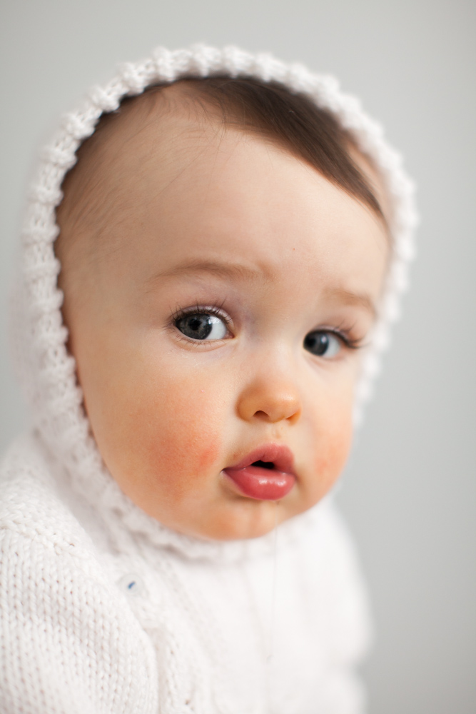 finley_baby_photos_white_sweater_9419.jpg