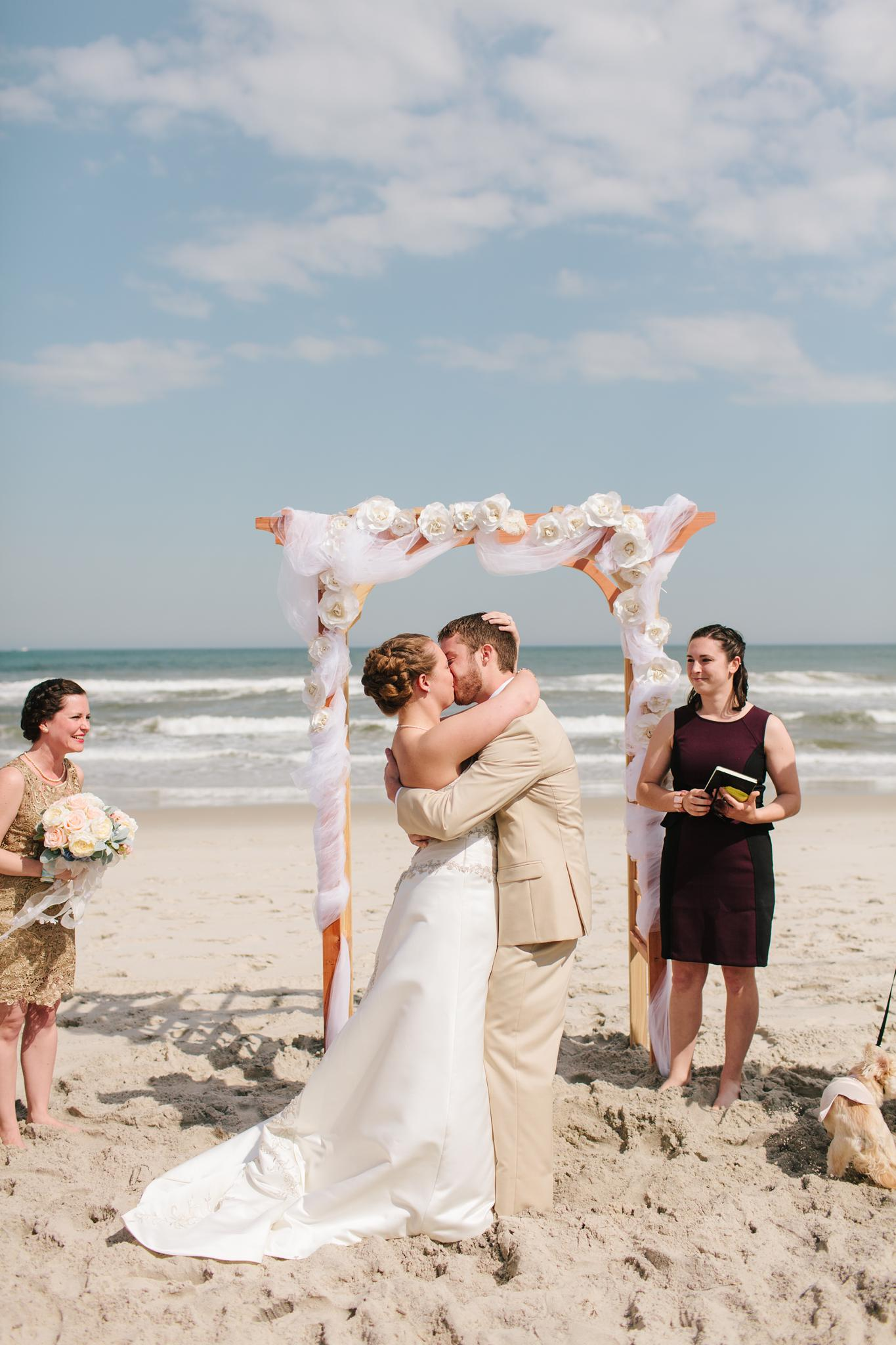 brant_beach_yacht_club_wedding_long_beach_island_nj_wedding_photographer_487.jpg