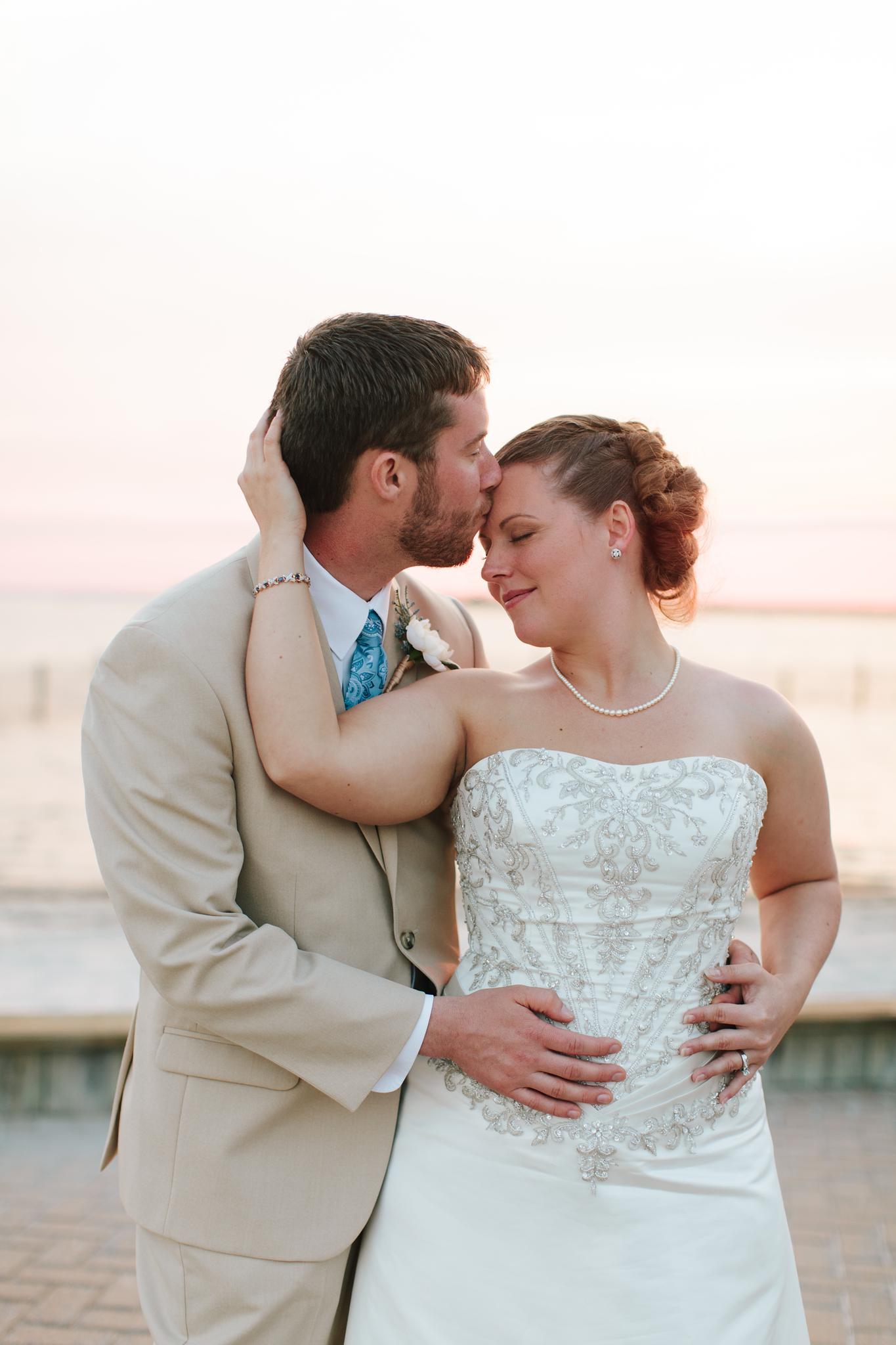 brant_beach_yacht_club_wedding_long_beach_island_nj_wedding_photographer_1097.jpg